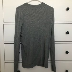 H and M + sweater in perfect condition!!!!